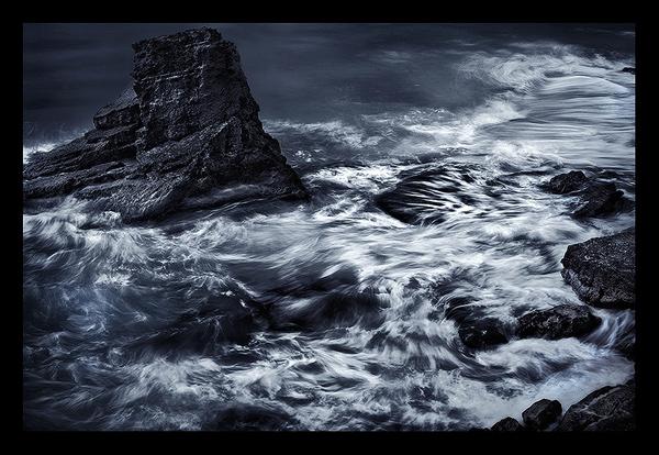 cupecoy-coast-stormy-seas-saint-martin